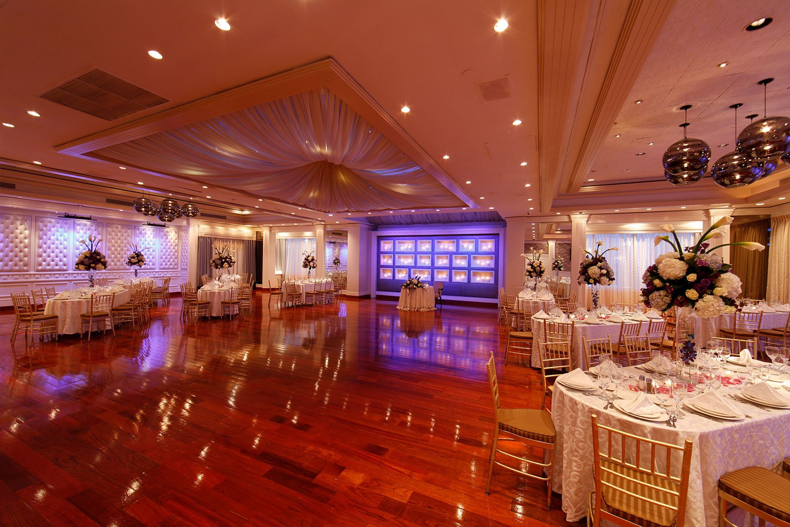 wedding elegance in the saturnia ballroom